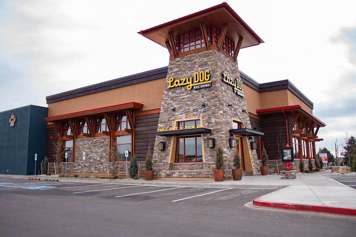 The front exterior of Lazy Dog Restaurant